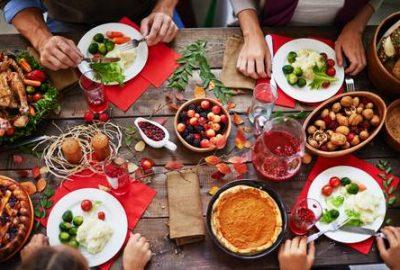 Eating gut-friendly meals during holidays. www.babblingpanda.com