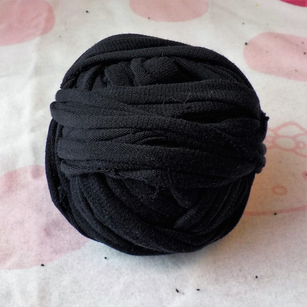Easy T-Shirt Yarn Tutorial